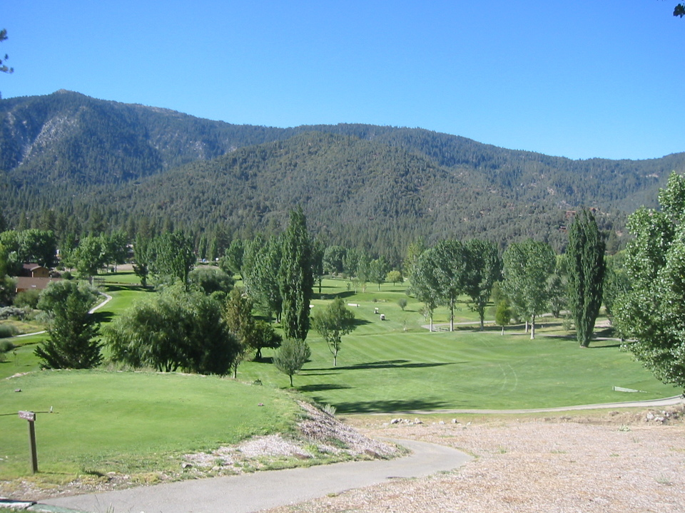 hispanic single women in pine mountain club Join the discussion this forum covers pine mountain club, ca local community news, events for your calendar, and updates from colleges, churches, sports, and classifieds.