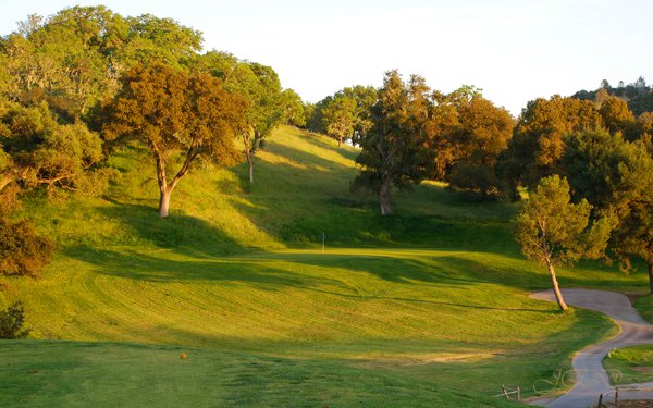 Chalk Mountain Golf Course Image Thumbnail