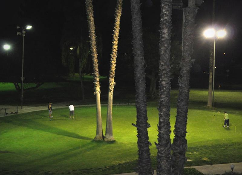 Van nuys night golf 3